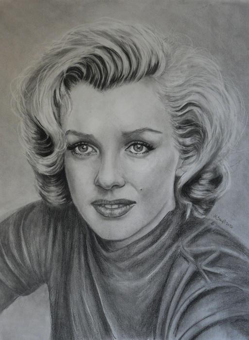 Marilyn Monroe by Mobee219